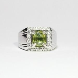 Cincin Yellowish Green Sapphire