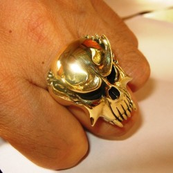 Cincin Metal Nosferatu Ring 8US