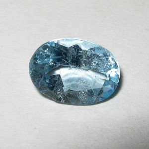 Jual Batu Permata Light Blue Topaz 1.50 carat Harga Murah Tapi Asli