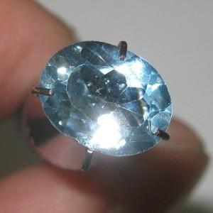 Light Blue Topaz 1.45 carat luster terang gemerlap alami