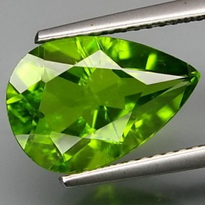 Natural Peridot Pear Shape 4.25 carat