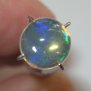 Round Cabochon Opal 1 carat