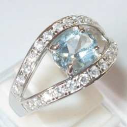 Sky Blue Topaz Silver 925 Ring 7US