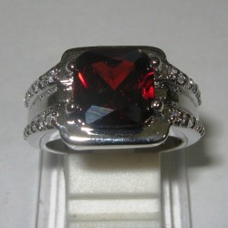 Cincin Pria Model Garnet Ring 9US