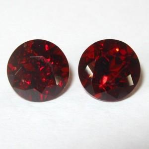 Sepasang Permata Garnet Merah Round 7mm Top Luster