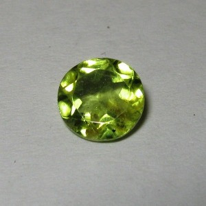 Round Green Peridot 0.85 carat
