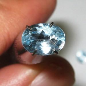 Sky Blue Topaz Oval 1.30 carat