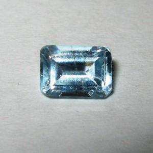 Rectangular Topaz 0.85 carat. Permata Indah Alami!