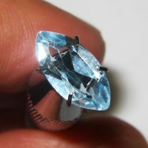 Light Blue Topaz 1.15 carat Marquise