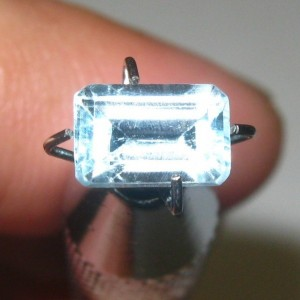 Rectangular Topaz 0.95 carat
