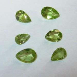 6 pcs Pear Shape Peridot 2.10