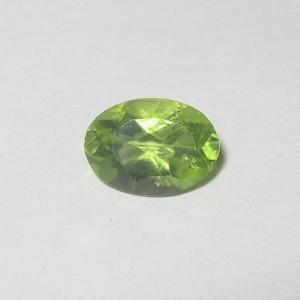 Batu Permata: Peridot Oval 1.05 carat
