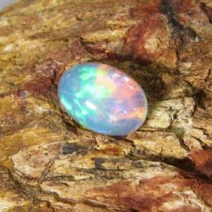 Natural Opal 2.01 carat