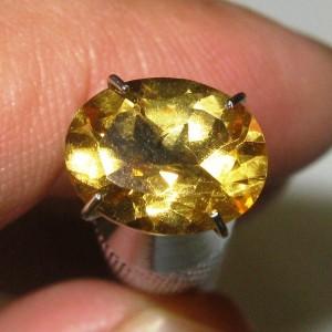 Citrine Kuning Oval 1.81 carat