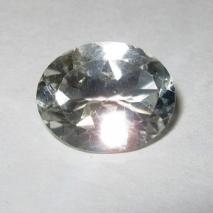 Batu Permata Oval White Topaz 4.12 carat