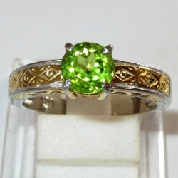 Cincin Silver Peridot Ring 7US Etnis Kontemporer
