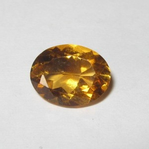 Permata Citrine Alami 1.50 carat Orangy Yellow Oval