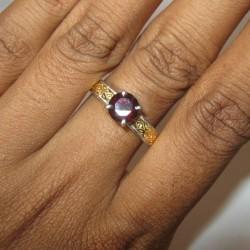 Silver Garnet Ring 10US