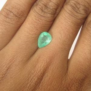 Pear Shape Emerald 0.95 carat