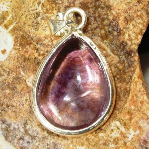 Liontin Light Purple Amethyst