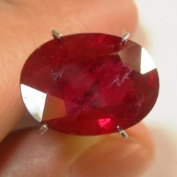 Puprlish Red Ruby Oval 8.60 carat