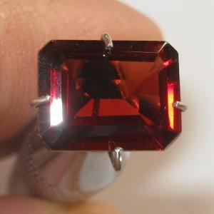 Square Pyrope Garnet 2.26 carat