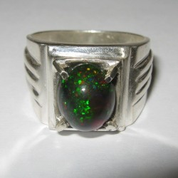 Cincin Black Opal 2.49 carat Ring 8.5US