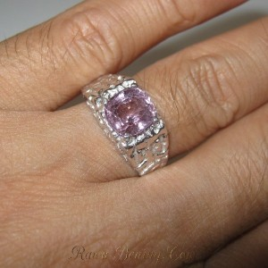 Cincin Silver Spinel Ring 9US