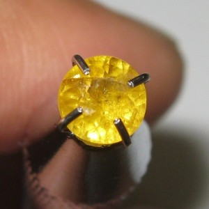 Safir Kuning Round Cut 0.45 carat