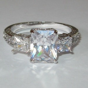 Cincin Gold Filled CZ Crystal Ring 7US