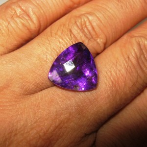 Triangular Purple Amethyst 8.99 carat