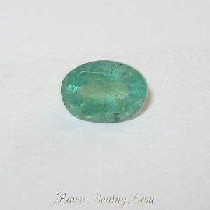 Oval Emerald 0.70 carat