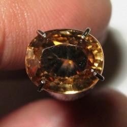 Zircon Oval Yellowish Orange 2.47 carat