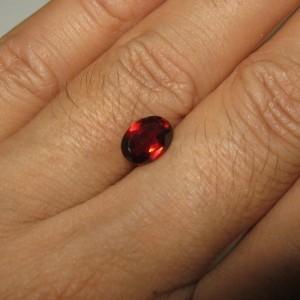 Red Garnet Natural 1.65 carat