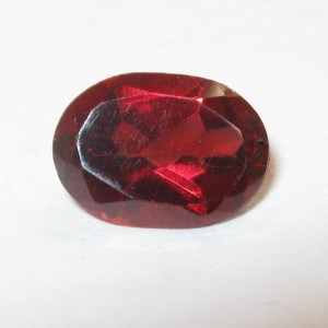 Batu Permata Red Pyrope Garnet 1.35 carat