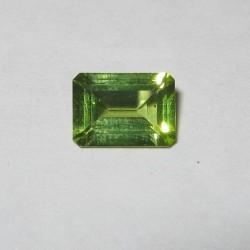 Peridot Hijau Rectangular 0.92 carat