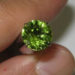 Batu Permata Peridot Round 1.63 carat