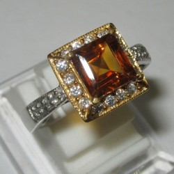 Estate Madeira Citrine Ring 8.5US