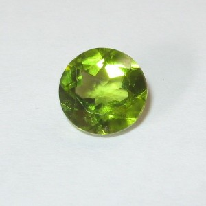 Batu Peridot Hijau Round Cut 2.08 carat
