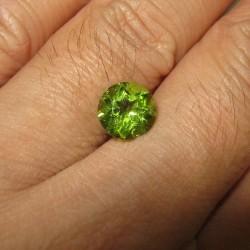 Peridot Round 1.96 carat