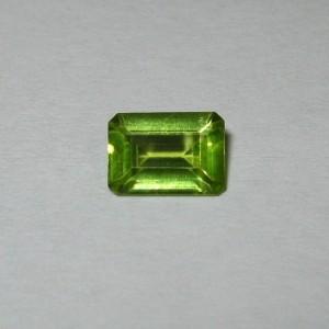Batu Mulia Natural Peridot Rectangular 0.93 carat