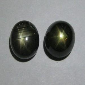 Couple Black Star Sapphire Total Berat 5.15 Carat