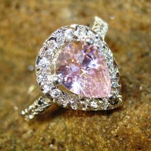 Cincin Pink Pear Shape Ring 7US Gold Filled 10k