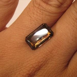 Batu Permata Natural Rectangular Smoky Quartz 5.18 carat