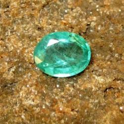 Natural Emerald Oval 0.99 carat