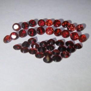 40 Pcs Batu Permata Red Garnet Round 3.00mm