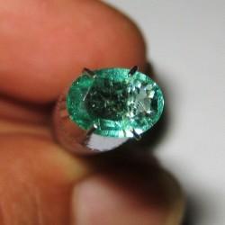 Zamrud Hijau Oval Cut 0.89 carat