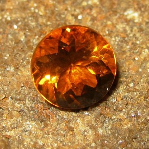 Permata Citrine Warna Orange Round Cut 2.66 carat