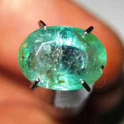 Zamrud Oval 1.85 carat