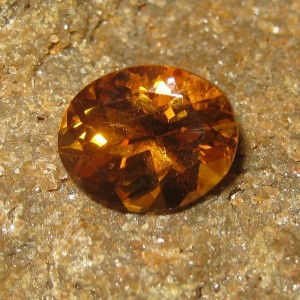 Batu Permata Natural Citrine 3.16 carat Oval Orange